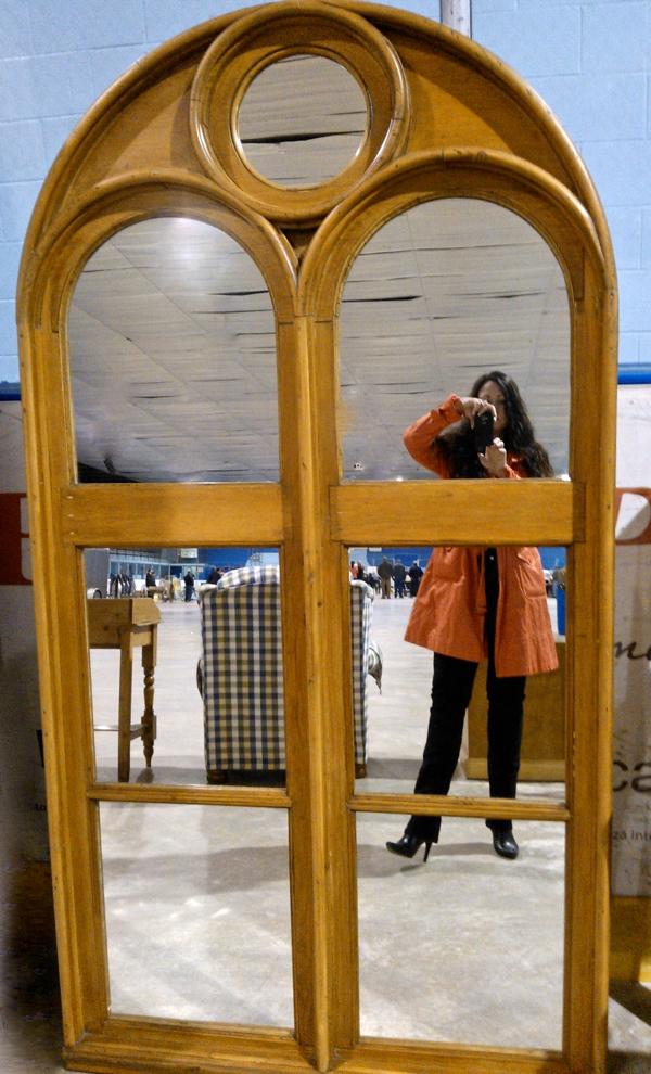 Mirror at auction cynthiaweber.com