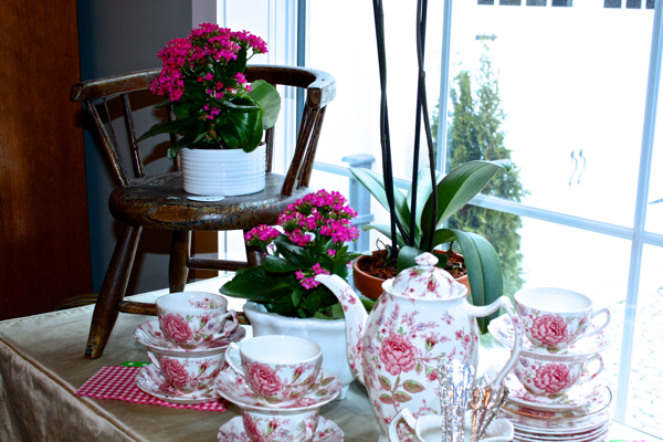 Spring Tablescape from cynthiaweber.com