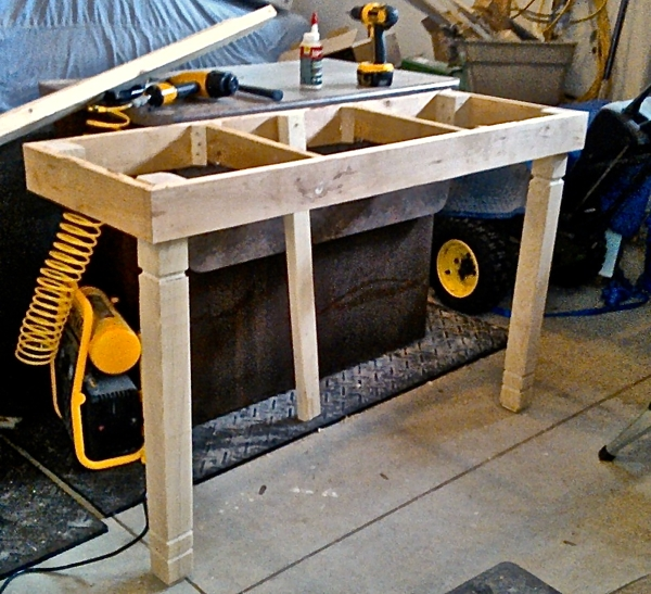 making kitchen bar