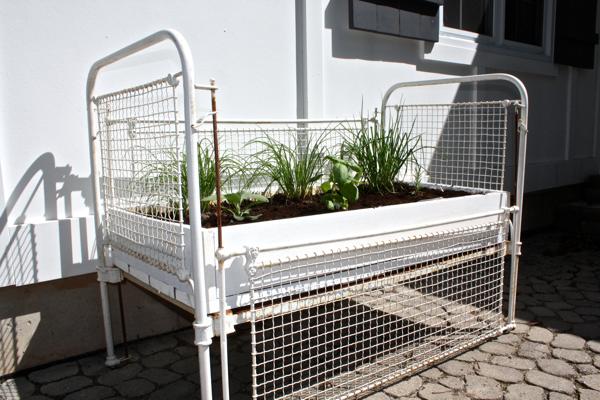 crib turned herb garden cynthiaweber.com
