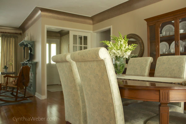 Dining room redone… using Modern Masters Matte Matallic paint for coving detail. CynthiaWeber.com