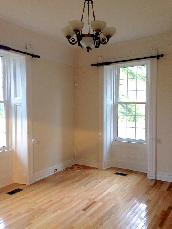 the dining room at BannockBurn… cynthiaweber.com