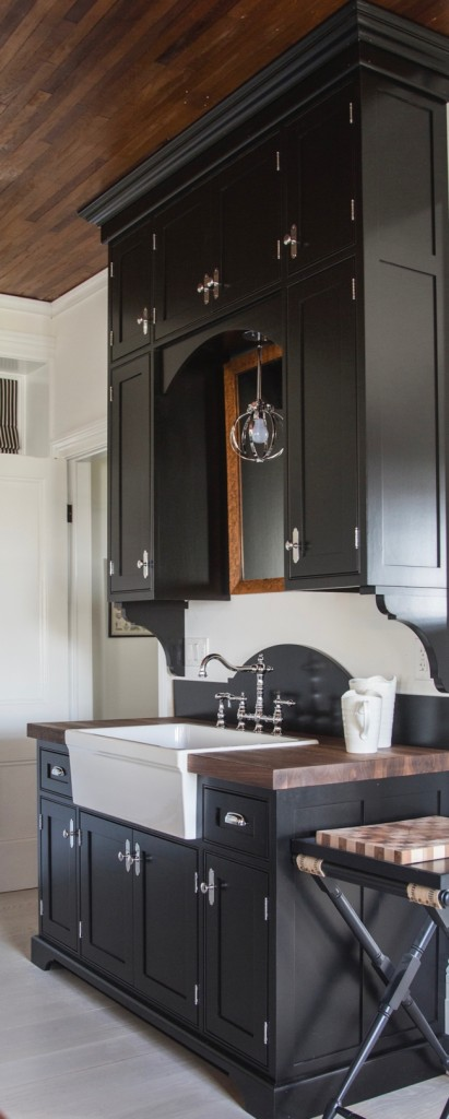The sink cabinetry designed by Cynthia Weber Design for BannockBurn 1878